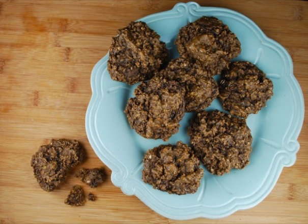 Chocolate-Oatmeal-Breakfast-Cookies