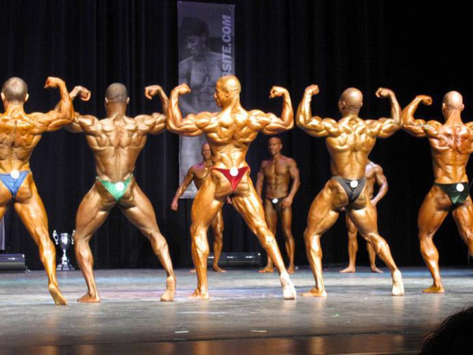 bodybuilding posing practice